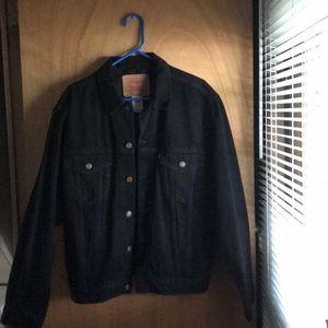 BRAND NEW !!! Levi's Beautiful black Jean jacket